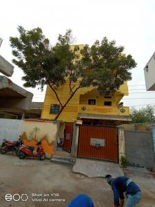 Gallery Cover Image of 700 Sq.ft 1 BHK Independent House for rent in Kishan Bagh for 6500