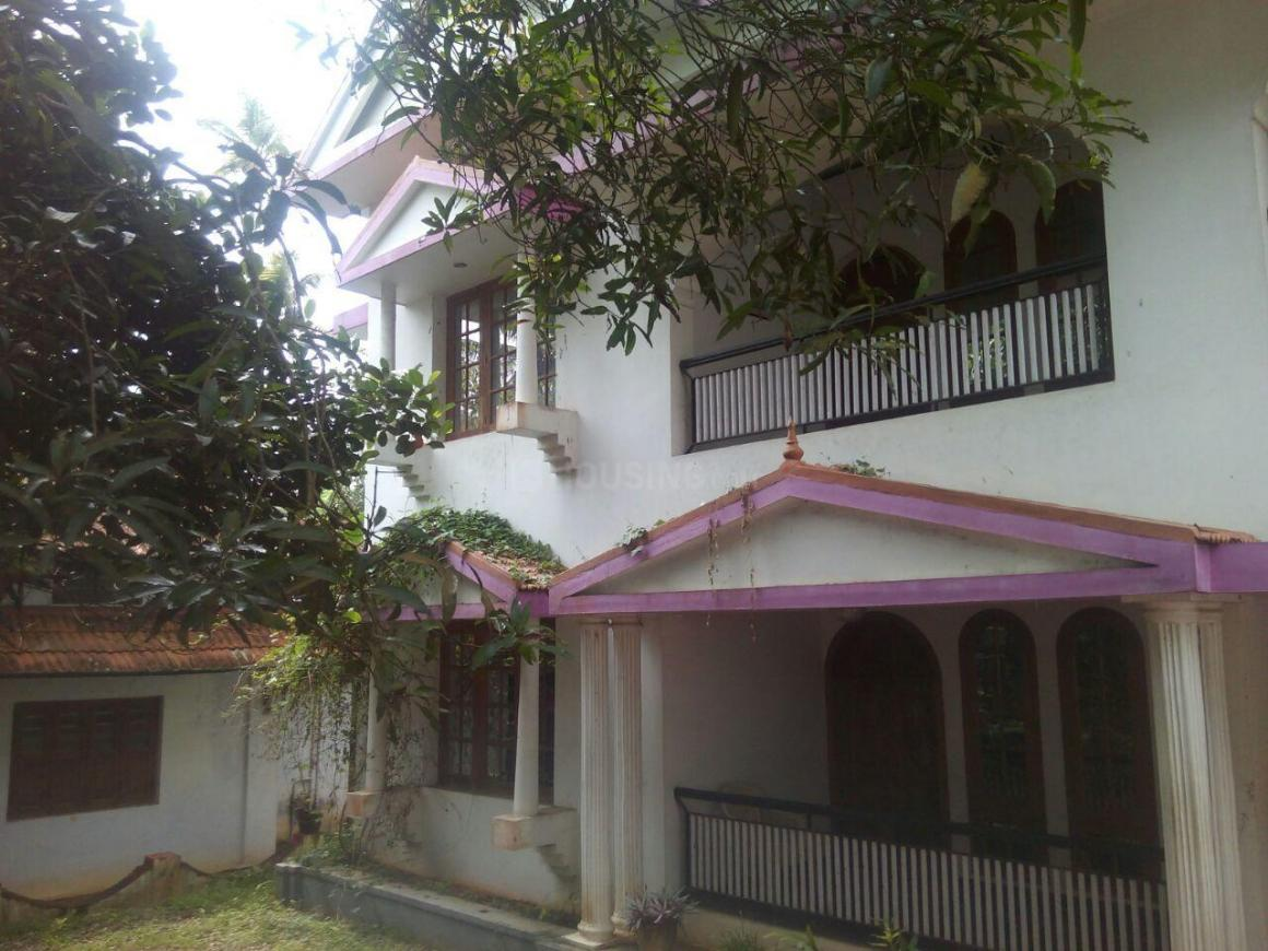 Building Image of 2500 Sq.ft 4 BHK Independent House for buy in Mannanthala for 60000000
