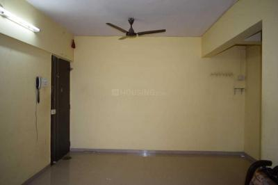 Gallery Cover Image of 950 Sq.ft 2 BHK Apartment for rent in Malad West for 34000