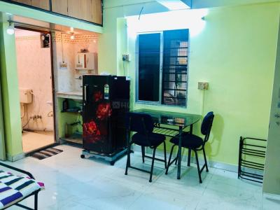 Gallery Cover Image of 1000 Sq.ft 2 BHK Apartment for rent in Kalighat for 25000