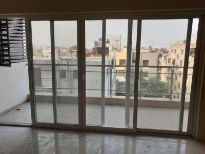 Gallery Cover Image of 1250 Sq.ft 2 BHK Apartment for buy in Yash Vastu Land Park, Ghorpadi for 8200000