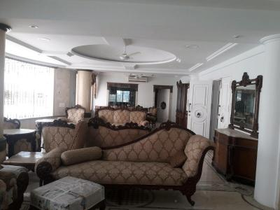 Gallery Cover Image of 3500 Sq.ft 4 BHK Apartment for rent in Juhu for 350000