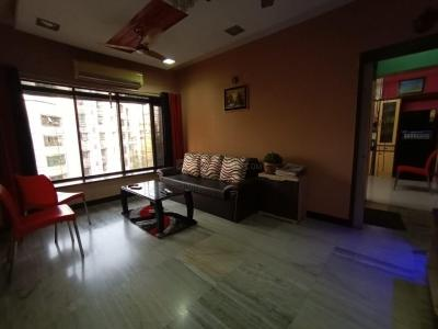 Gallery Cover Image of 750 Sq.ft 2 BHK Apartment for buy in Kandivali West for 11000000