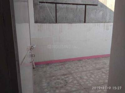 Gallery Cover Image of 800 Sq.ft 2 BHK Apartment for rent in Sector 55 for 18000