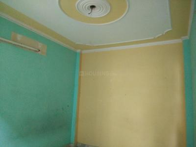 Gallery Cover Image of 330 Sq.ft 1 RK Independent Floor for rent in Uttam Nagar for 5000