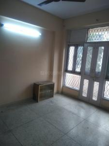 Gallery Cover Image of 1600 Sq.ft 3 BHK Apartment for rent in Sector 4 Dwarka for 26000
