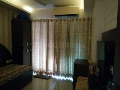 Gallery Cover Image of 1645 Sq.ft 3 BHK Apartment for buy in Nahar Lilium Lantana, Powai for 30000000