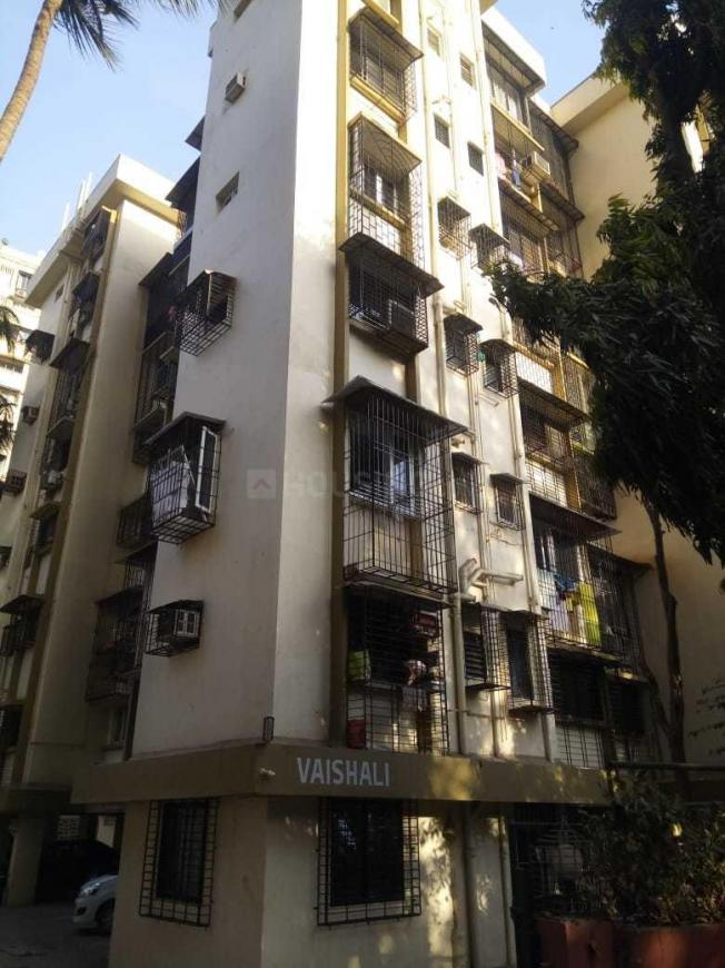 Building Image of 650 Sq.ft 1 BHK Apartment for rent in Borivali West for 17000