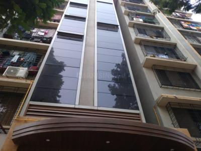 Gallery Cover Image of 600 Sq.ft 1 BHK Apartment for buy in Western Rakhi Tower, Borivali East for 9300000