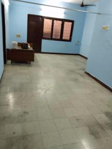 Gallery Cover Image of 1200 Sq.ft 3 BHK Apartment for rent in Kodambakkam for 25000