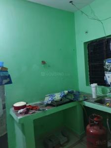 Gallery Cover Image of 610 Sq.ft 1 BHK Apartment for rent in Pilkhuwa for 3000
