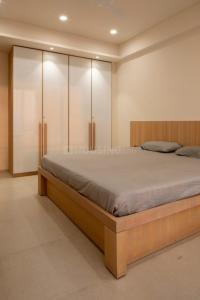 Gallery Cover Image of 1250 Sq.ft 2 BHK Apartment for rent in Goyal Prime Plaza, Bodakdev for 23000