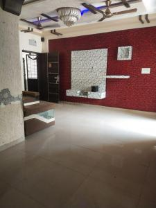 Gallery Cover Image of 1200 Sq.ft 2 BHK Apartment for rent in Nava Naroda for 13500