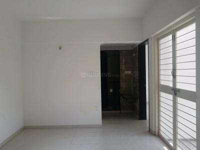Gallery Cover Image of 640 Sq.ft 1 BHK Apartment for rent in Rahatani for 14000