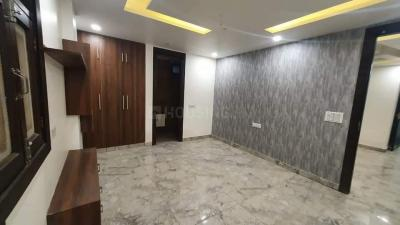 Gallery Cover Image of 920 Sq.ft 3 BHK Independent Floor for buy in Dwarka Mor for 4400000