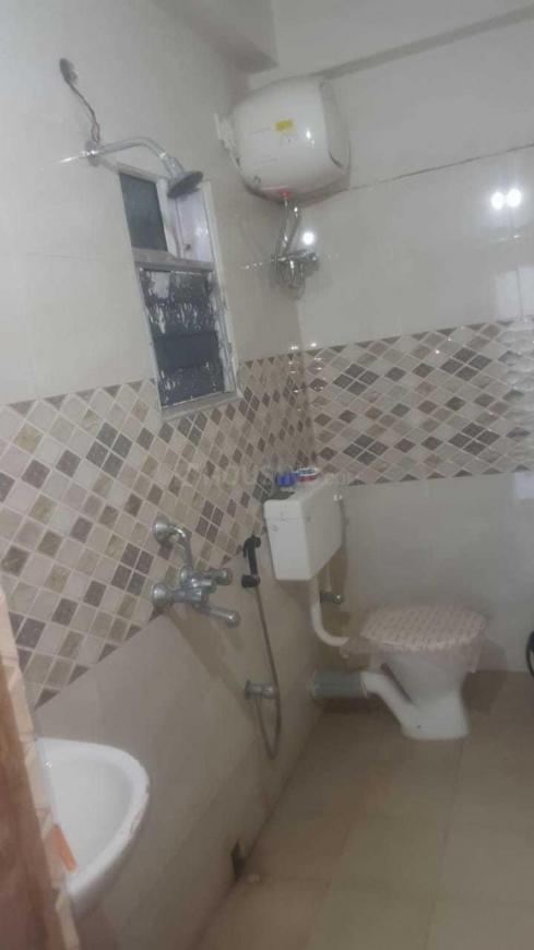 Bathroom Image of 1205 Sq.ft 3 BHK Apartment for rent in Kamalgazi for 17000