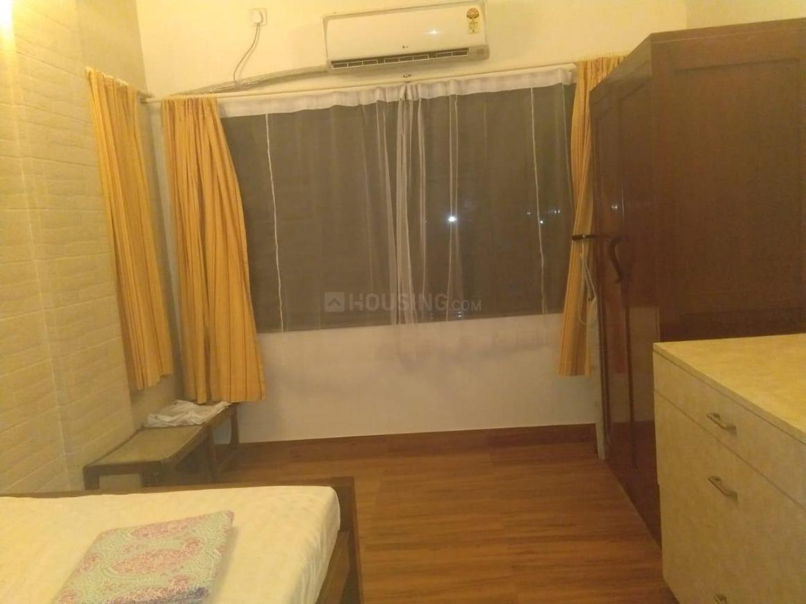 Bedroom Image of 600 Sq.ft 1 BHK Apartment for rent in Bandra West for 60000