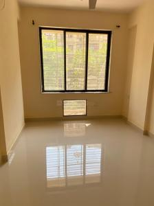 Gallery Cover Image of 865 Sq.ft 2 BHK Apartment for buy in Evershine Millennium, Kandivali East for 16000000