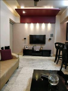 Gallery Cover Image of 430 Sq.ft 1 BHK Apartment for rent in Goregaon East for 17000
