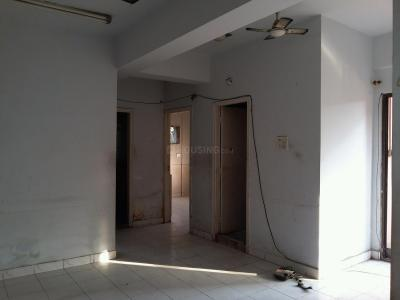 Gallery Cover Image of 1100 Sq.ft 3 BHK Apartment for rent in Tollygunge for 17500