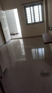 Gallery Cover Image of 445 Sq.ft 1 BHK Apartment for rent in Suprabhatham State Bank Main, Mugalivakkam for 16000
