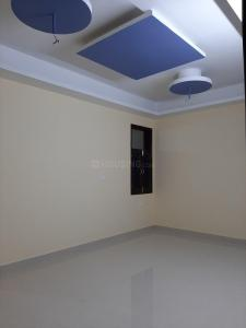 Gallery Cover Image of 860 Sq.ft 2 BHK Independent Floor for buy in Ashok Vihar Phase III Extension for 3200000