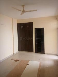Gallery Cover Image of 900 Sq.ft 2 BHK Apartment for rent in Sector 75 for 16000