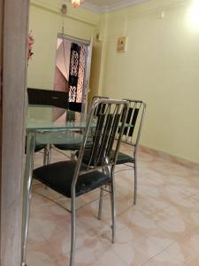 Gallery Cover Image of 650 Sq.ft 2 BHK Apartment for rent in Vashi for 23000