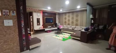 Gallery Cover Image of 2000 Sq.ft 3 BHK Apartment for buy in Lake Town for 17500000