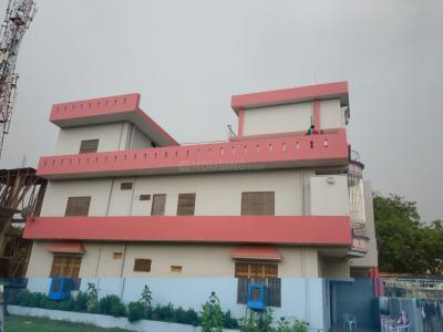 Gallery Cover Image of 1000 Sq.ft 2 BHK Independent Floor for rent in Karaundi for 9000