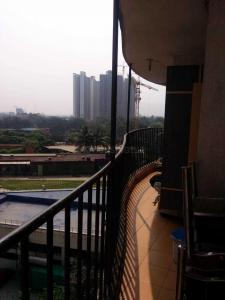 Gallery Cover Image of 890 Sq.ft 2 BHK Apartment for buy in Terraform Everest World, Thane West for 9200000
