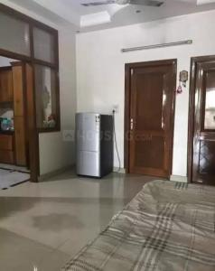Gallery Cover Image of 320 Sq.ft 1 RK Independent Floor for rent in Mukherjee Nagar for 12000