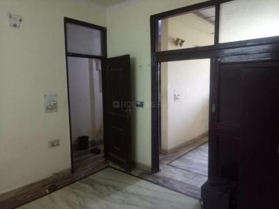 Gallery Cover Image of 740 Sq.ft 2 BHK Independent Floor for rent in Mukherjee Nagar for 22000