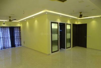 Gallery Cover Image of 1900 Sq.ft 3 BHK Apartment for buy in Ghatkopar East for 39000000