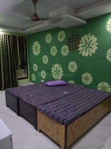 Bedroom Image of PG 4039367 Shakarpur Khas in Shakarpur Khas
