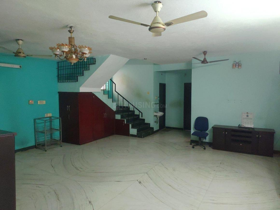 Living Room Image of 2750 Sq.ft 5 BHK Independent House for rent in Ambattur Industrial Estate for 32000