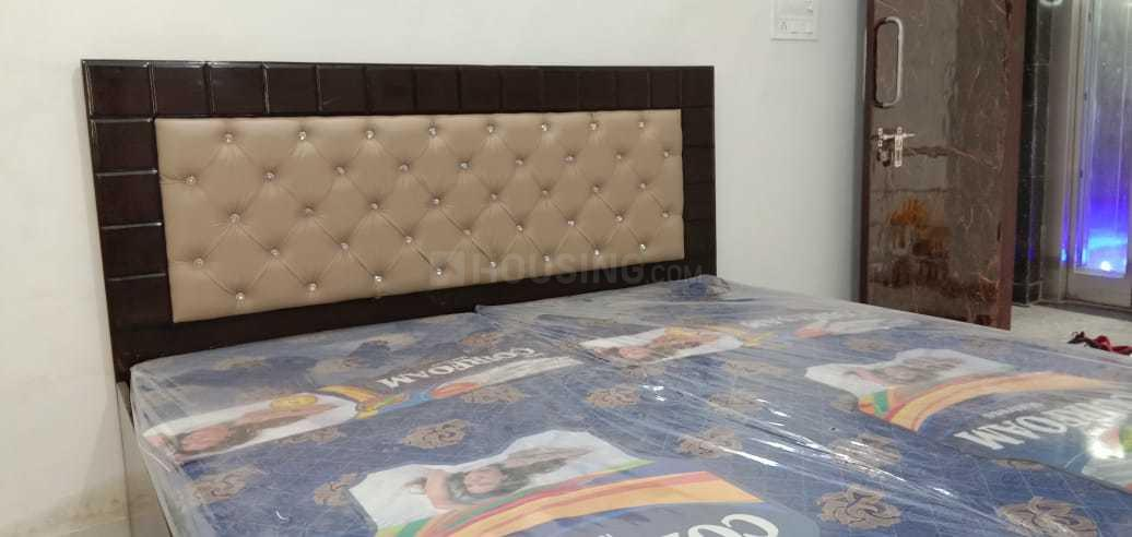 Bedroom Image of 1200 Sq.ft 2 BHK Independent Floor for rent in Sector 17 for 30000