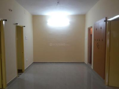 Gallery Cover Image of 1000 Sq.ft 2 BHK Apartment for rent in Nanganallur for 12000