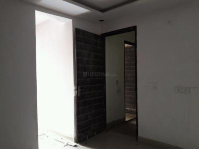 Gallery Cover Image of 750 Sq.ft 2 BHK Apartment for buy in Dayal Bagh Colony for 2800000