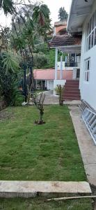 Gallery Cover Image of 1800 Sq.ft 2 BHK Independent House for buy in Coonoor for 9800000