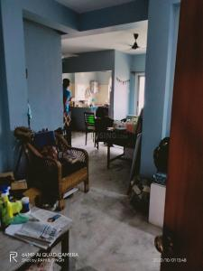 Gallery Cover Image of 1100 Sq.ft 3 BHK Apartment for buy in Picnic Garden for 5500000