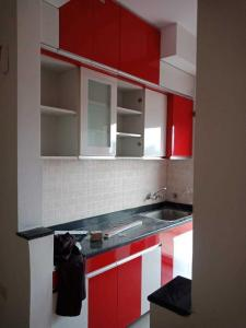 Gallery Cover Image of 1090 Sq.ft 2 BHK Apartment for rent in Noida Extension for 8000