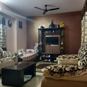 Gallery Cover Image of 1170 Sq.ft 2 BHK Apartment for rent in Adithi Pearl, NRI Layout for 15000