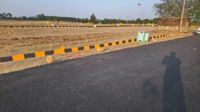 Gallery Cover Image of  Sq.ft Residential Plot for buy in Thiruporur for 950000