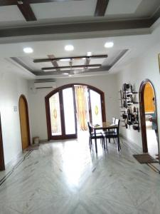 Gallery Cover Image of 1800 Sq.ft 3 BHK Apartment for buy in Ballygunge for 23500000
