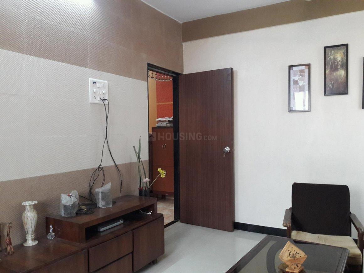 Living Room Image of 650 Sq.ft 1 BHK Apartment for rent in Ghatkopar West for 30000