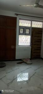 Gallery Cover Image of 2050 Sq.ft 3 BHK Apartment for rent in CGHS Joy Apartment, Sector 2 Dwarka for 31000