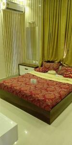 Gallery Cover Image of 1525 Sq.ft 3 BHK Apartment for buy in Iyyappanthangal for 8900000