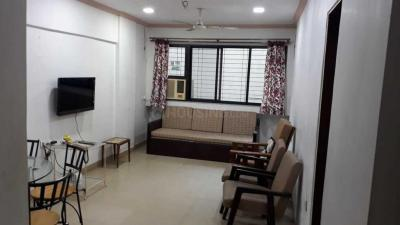 Gallery Cover Image of 650 Sq.ft 1 BHK Apartment for rent in Bandra West for 90000