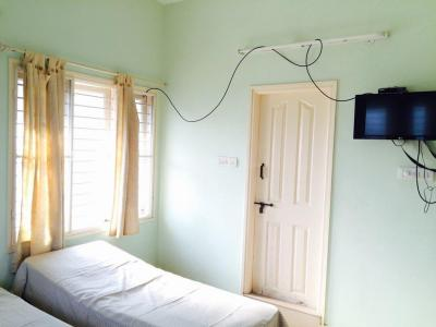 Bedroom Image of Sri Veerabramhendra Swamy Luxury PG in Koramangala